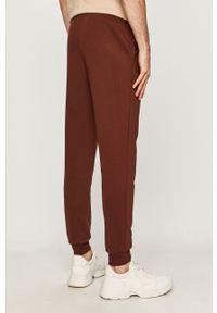 Brązowe spodnie dresowe PRODUKT by Jack & Jones
