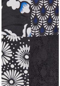 Desigual - Sukienka. Okazja: na co dzień. Kolor: czarny. Materiał: tkanina. Typ sukienki: proste. Styl: casual