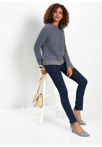 Niebieski sweter bonprix krótki