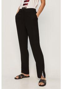 Czarne spodnie materiałowe Armani Exchange