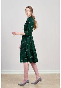 Marie Zélie - Sukienka Aglaia Cavalos butelkowa zieleń. Typ kołnierza: kołnierzyk stójkowy. Materiał: bawełna, wiskoza, tkanina, materiał