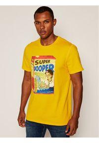 Guess T-Shirt Super Dooper M0YI53 K8FQ0 Żółty Regular Fit. Kolor: żółty