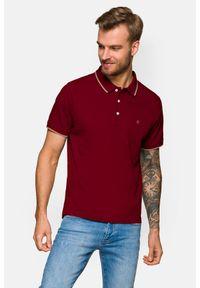 Lancerto - Koszulka Bordowa Polo Dominic. Typ kołnierza: polo. Kolor: czerwony. Materiał: włókno, materiał, bawełna. Długość rękawa: krótki rękaw. Wzór: ze splotem. Styl: klasyczny