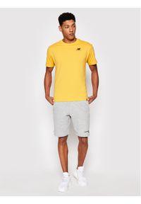 New Balance T-Shirt Essentials Embroidered Tee MT11592 Żółty Relaxed Fit. Kolor: żółty