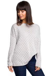 Szary sweter oversize MOE w ażurowe wzory