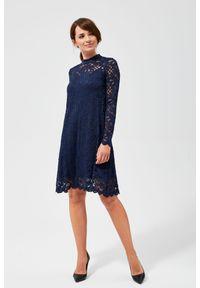 Niebieska sukienka MOODO ze stójką, trapezowa