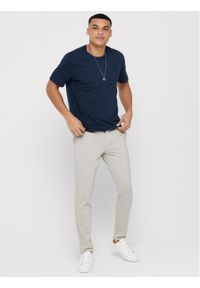Only & Sons - ONLY & SONS Spodnie materiałowe Mark 22015833 Beżowy Tapered Fit. Kolor: beżowy. Materiał: materiał