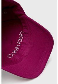 Fioletowa czapka z daszkiem Calvin Klein