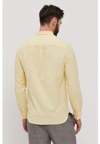 Lyle & Scott - Koszula. Okazja: na co dzień. Typ kołnierza: button down. Kolor: żółty. Materiał: len, tkanina, bawełna. Długość rękawa: długi rękaw. Długość: długie. Wzór: gładki, aplikacja. Styl: casual #5
