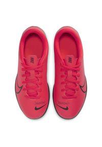 Buty piłkarskie turfy dla dzieci Nike Mercurial Vapor 13 Club TF AT8177. Materiał: skóra, guma, syntetyk. Szerokość cholewki: normalna. Sport: piłka nożna