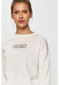 Biała bluza Hugo bez kaptura, z aplikacjami