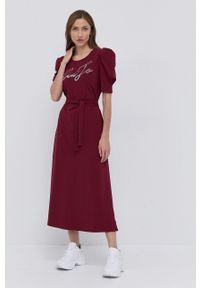 Liu Jo - Sukienka. Okazja: na co dzień. Kolor: czerwony. Materiał: dzianina. Długość rękawa: krótki rękaw. Typ sukienki: proste. Styl: casual