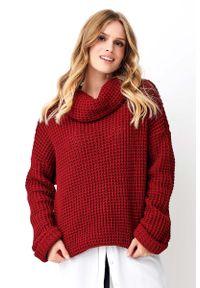 Czerwony sweter oversize Makadamia z golfem