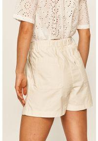 Białe szorty Levi's® w kolorowe wzory, casualowe, na co dzień