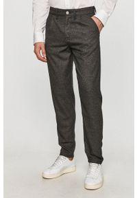 Selected - Spodnie. Kolor: szary. Materiał: tkanina