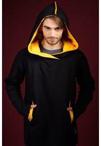 Czarna bluza Hultaj Polski długa, w kolorowe wzory, z długim rękawem