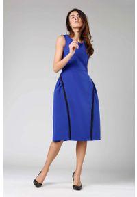 Nommo - Kobaltowa Rozkloszowana Sukienka bez Rękawów z Wypustkami. Kolor: niebieski. Materiał: wiskoza, poliester. Długość rękawa: bez rękawów