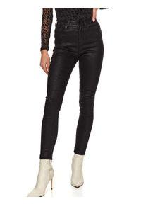 TOP SECRET - Spodnie skinny z błyskiem. Okazja: do pracy, na co dzień. Stan: podwyższony. Kolor: czarny. Materiał: jeans. Sezon: zima. Styl: casual