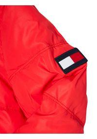 TOMMY HILFIGER - Tommy Hilfiger Kurtka puchowa Padded Reflective KB0KB05883 D Czerwony Regular Fit. Kolor: czerwony. Materiał: puch