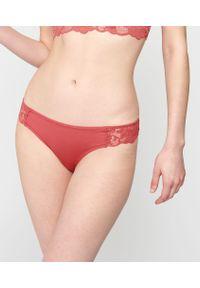 Poppy Figi Z Modalu Ozdobione Koronką - 40 - Ceglastoczerwony - Etam. Kolor: czerwony. Materiał: koronka. Wzór: koronka, aplikacja