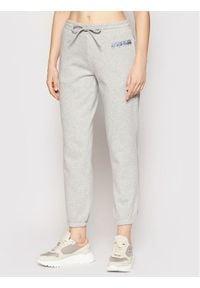 Napapijri Spodnie dresowe Milea NP0A4FAO Szary Regular Fit. Kolor: szary. Materiał: dresówka