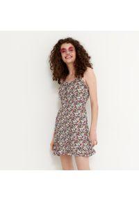 House - Wiskozowa sukienka w kwiaty -. Materiał: wiskoza. Wzór: kwiaty