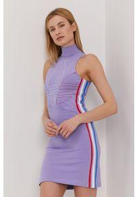 Sukienka adidas Originals casualowa, bez rękawów, z nadrukiem, mini