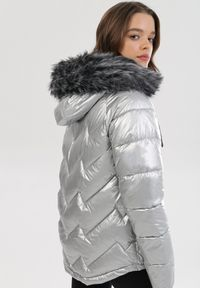 Srebrna kurtka zimowa Born2be
