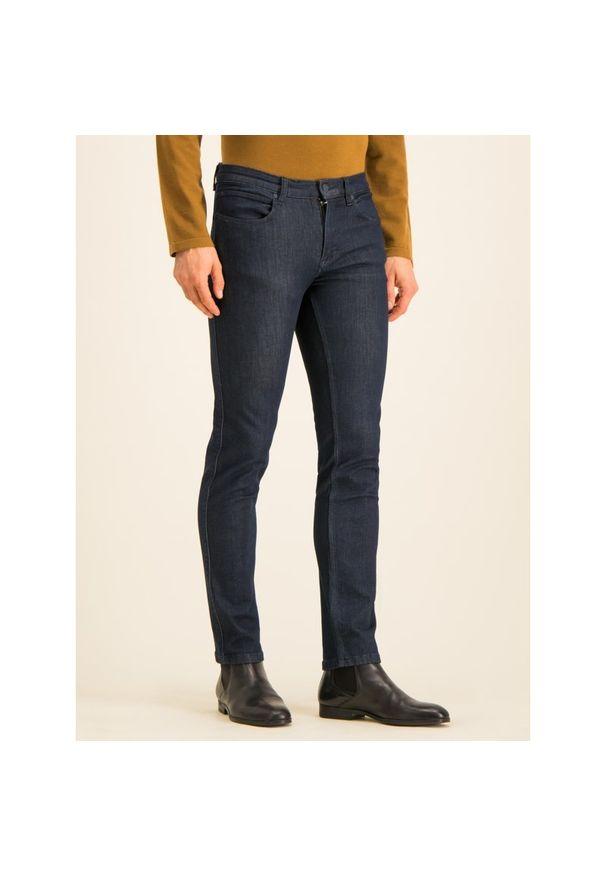 Niebieskie jeansy Hugo