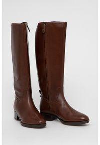 Geox - Kozaki skórzane. Nosek buta: okrągły. Kolor: brązowy. Materiał: skóra