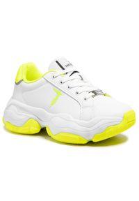 Trussardi Jeans - Sneakersy TRUSSARDI - 79A00653 White/Yellow. Okazja: na co dzień, na spacer. Kolor: biały. Materiał: skóra ekologiczna, materiał. Szerokość cholewki: normalna. Sezon: lato. Styl: casual
