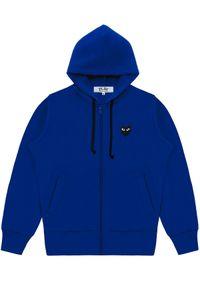 COMME DES GARCONS PLAY - Niebieska bluza z czarnymi sercami. Okazja: na co dzień. Kolor: niebieski. Materiał: jeans, materiał. Sezon: lato, jesień. Styl: casual #3