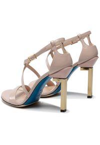 Beżowe sandały Loriblu
