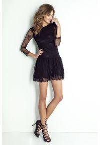 e-margeritka - Sukienka koronkowa mini czarna - 40. Okazja: na sylwestra, na studniówkę, na imprezę. Kolor: czarny. Materiał: koronka. Wzór: koronka. Typ sukienki: dopasowane. Styl: elegancki. Długość: mini