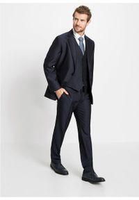 Garnitur 4-częściowy (marynarka, spodnie, kamizelka i krawat) bonprix ciemnoniebieski. Kolor: niebieski. Styl: elegancki #7