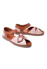 Różowe sandały Manitu na średnim obcasie, na rzepy, na obcasie