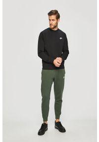 Czarna bluza nierozpinana Nike Sportswear z okrągłym kołnierzem, casualowa, na co dzień
