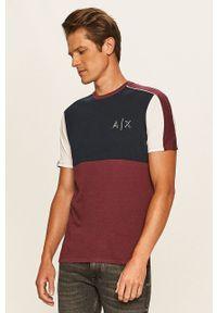 Fioletowy t-shirt Armani Exchange casualowy, z nadrukiem, z okrągłym kołnierzem, na co dzień
