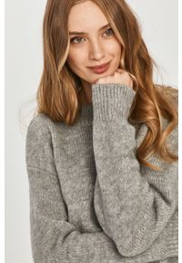 Szary sweter Answear Lab na co dzień, wakacyjny