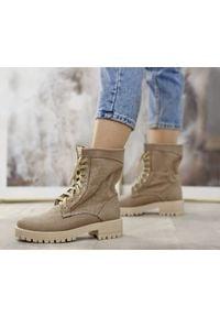 Zapato - dziurkowane workery - skóra naturalna - model 420 - kolor cappuccino. Okazja: na spacer. Wysokość cholewki: za kostkę. Materiał: skóra. Wzór: ażurowy. Obcas: na płaskiej podeszwie. Styl: sportowy