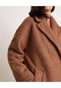 Marella - MARELLA - Brązowy płaszcz Infante. Kolor: brązowy. Materiał: jersey, materiał. Długość rękawa: długi rękaw. Długość: długie. Sezon: jesień