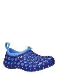 Niebieskie klapki Casu