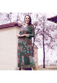 Sukienka dla puszystych Moda Size Plus Iwanek midi, z nadrukiem, z kołnierzem typu carmen