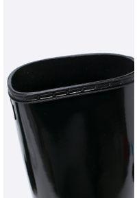 Czarne kalosze Hunter gładkie, z okrągłym noskiem, z cholewką