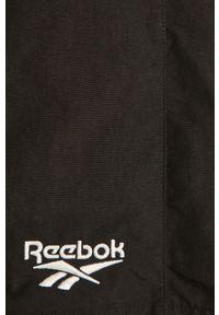 Czarne szorty Reebok Classic z nadrukiem, sportowe
