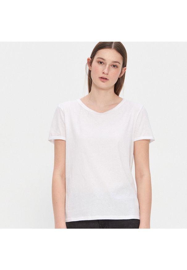 Biały t-shirt House