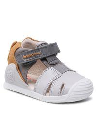 Szare sandały Biomecanics