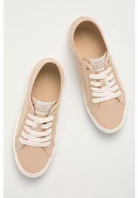 GANT - Gant - Tenisówki Pinestreet. Nosek buta: okrągły. Zapięcie: sznurówki. Kolor: beżowy. Materiał: guma