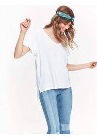 Biały t-shirt TOP SECRET z dekoltem w serek, na jesień, casualowy