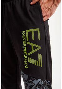 EA7 Emporio Armani - SPODNIE DRESOWE EA7 EMPORIO ARMANI. Materiał: dresówka
